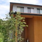 景色に包まれる家の画像1