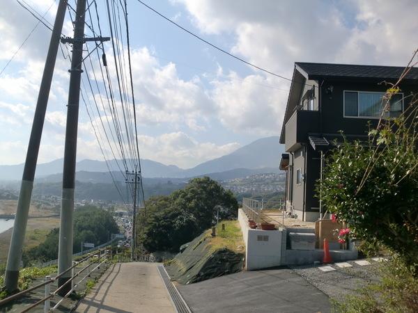 潮風薫る丘で